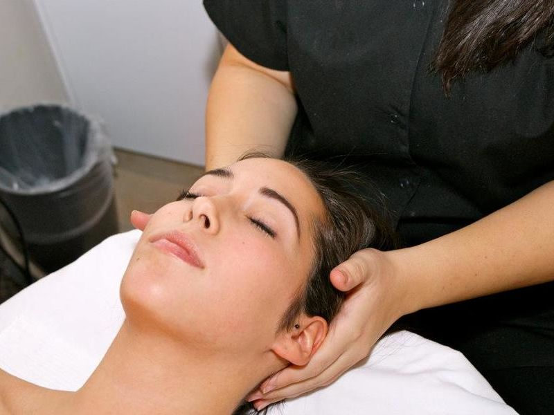 Giselles Day Spa and Professional Skin Care